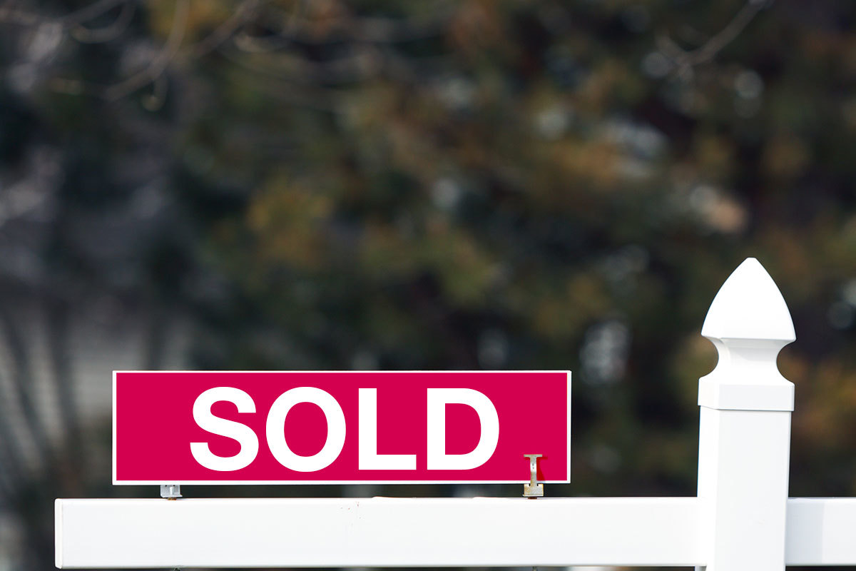 Home Sold Yard Arm